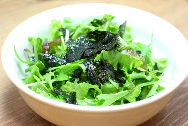 サラダ用のストック水菜